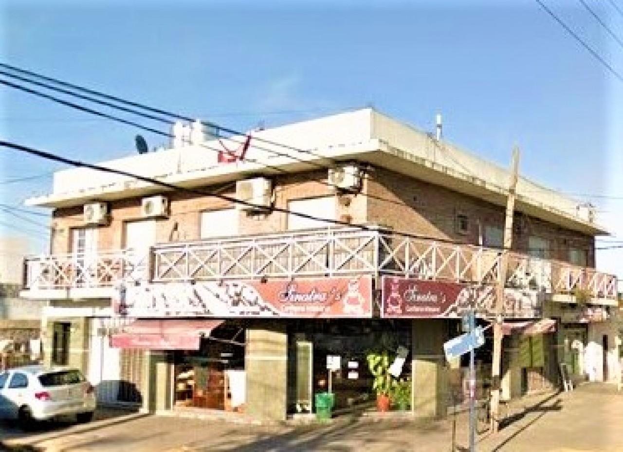 fondo de comercio de panadería en hermosa esquina de Ramos Mejía