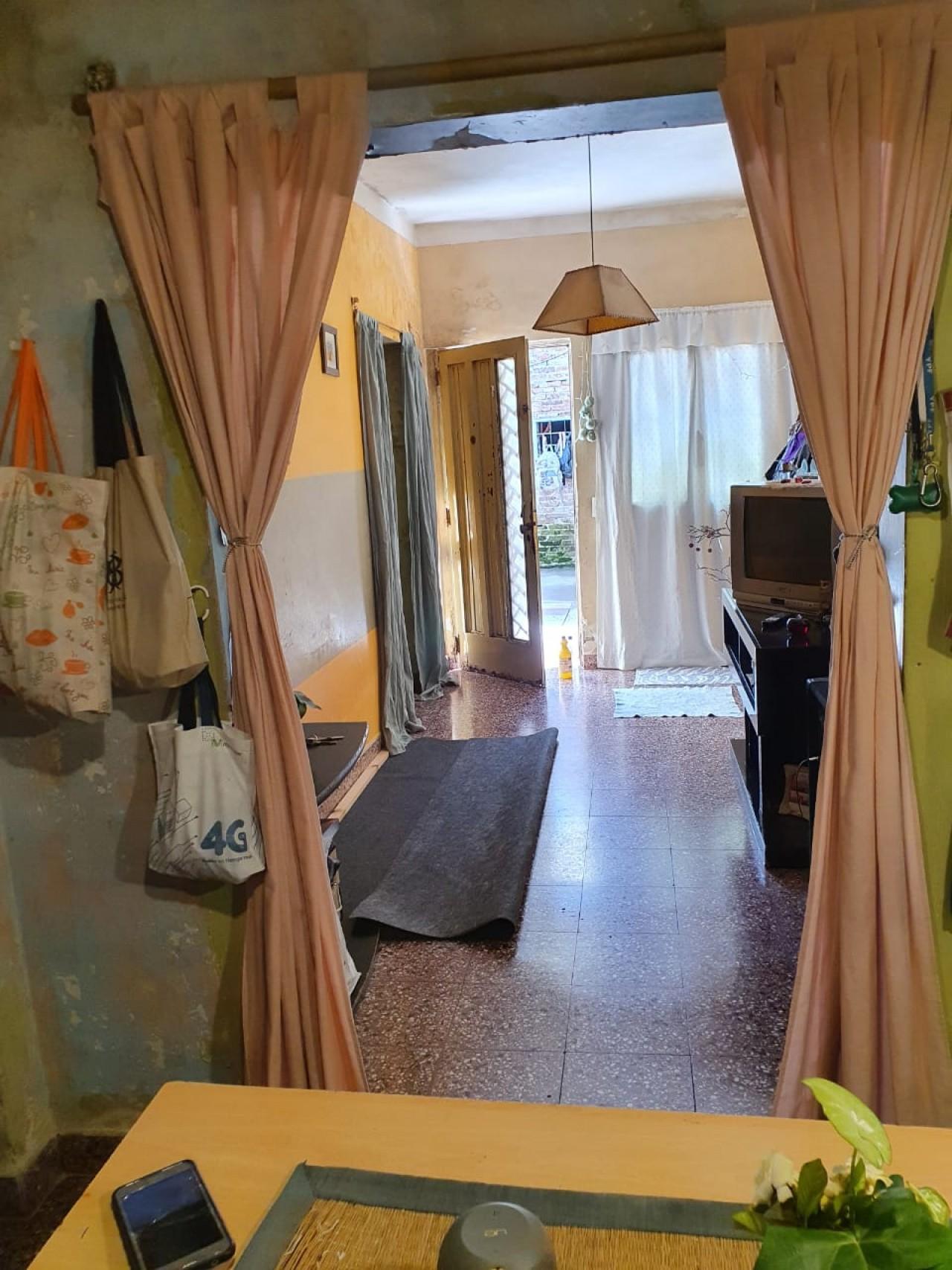 casa 3 ambientes + deposito o  cocheras 0 galpon  VENTA URGENTE   villa ballester , partido de san martin . pcia. de buenos aires